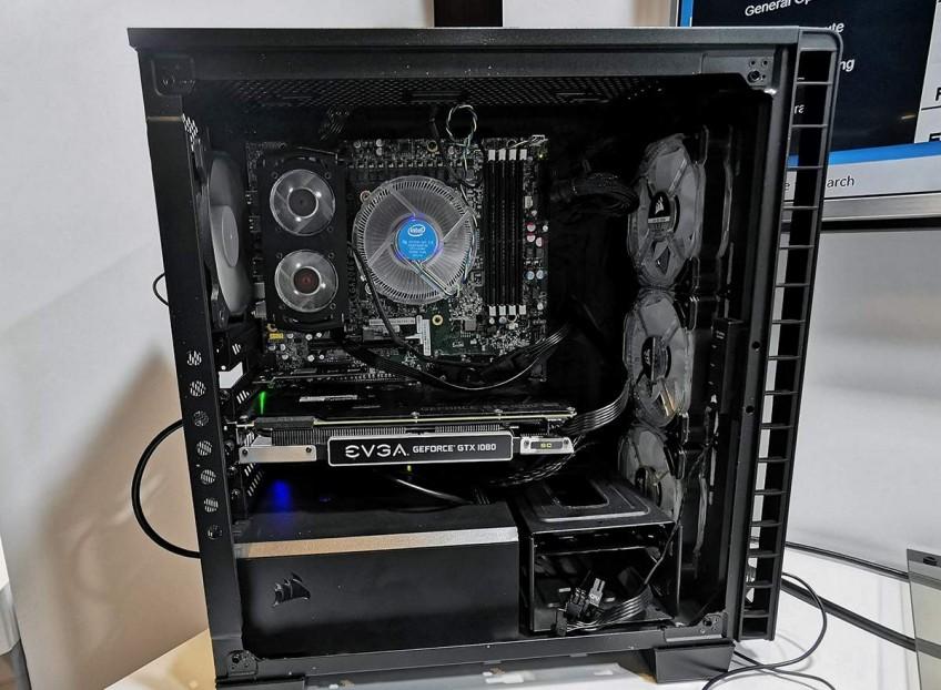 Похоже, что модулям памяти Intel Optane DC требуется активное охлаждение