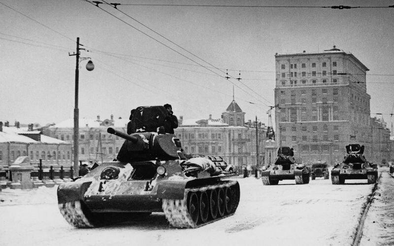 Три мифа и одна правда о легендарном танке Т-34