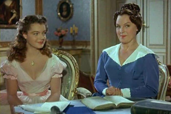 Роми Шнайдер и ее мама в фильме *Молодые годы королевы*, 1954 | Фото: 24smi.org
