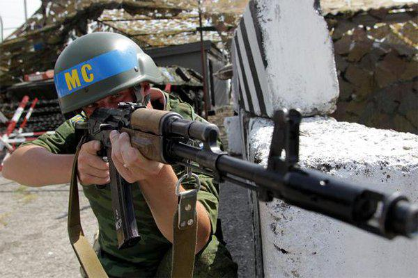 В Москве объяснили, почему Киеву не нужны миротворцы в Донбассе