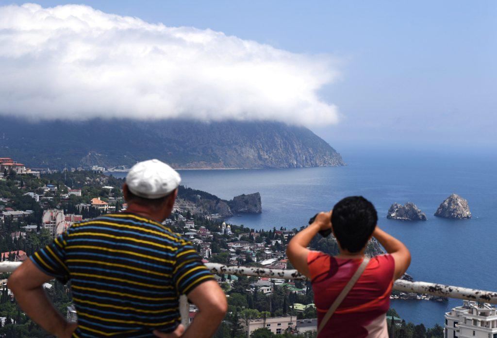 Стало известно, как обманывают туристов в Крыму