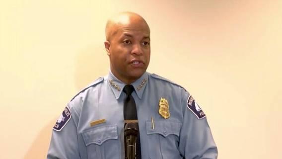 Начальник полиции Миннеаполиса дал показания в суде по поводу нарушения правил во время ареста Джорджа Флойда