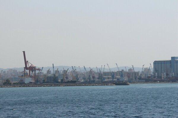 Порт Тартус. Автор неизвестен. Источник: http://mtdata.ru/u24/photo3533/20134107522-0/original.jpg