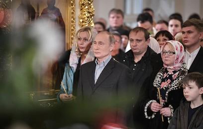Путин встретил Рождество в Симеоновской церкви в Петербурге