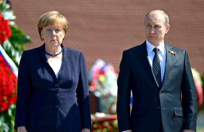 Меркель пригрозила Брюсселю начать закупать «Спутник V» у России напрямую Новости