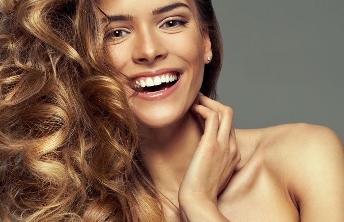 19 июл 2016. Подборка фото 100 красивых укладок для длинных волос, которые ты сможешь сделать в домашних условиях самостоятельно.
