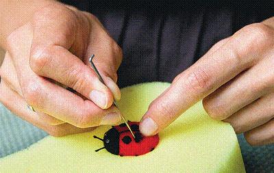 Колечко «Божья коровка» в технике сухого валяния валяние,кольцо,мастер-класс