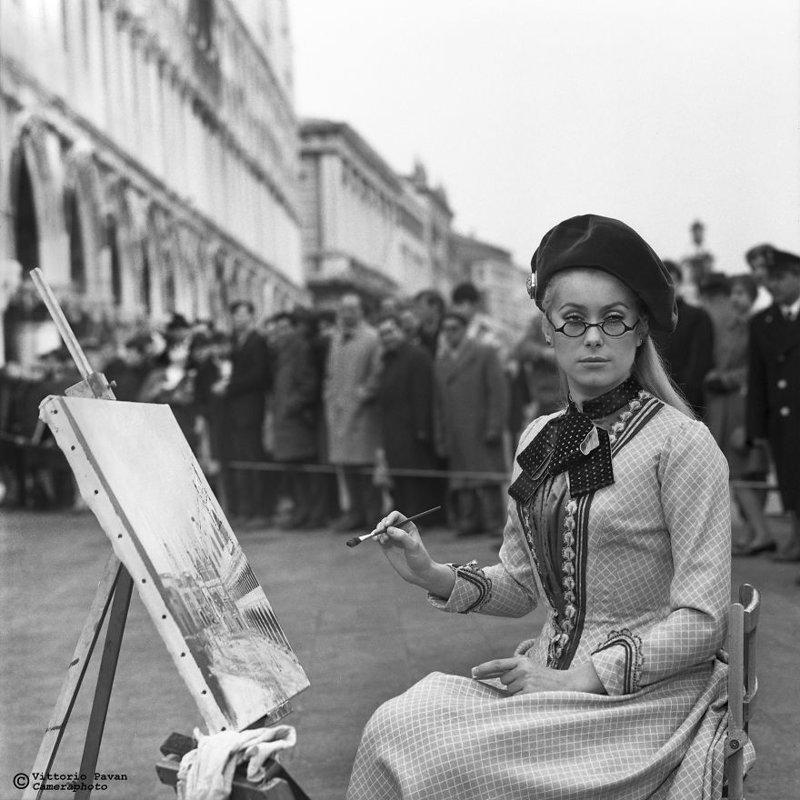 Катрин Денев архив, венеция, негативы, фотографии