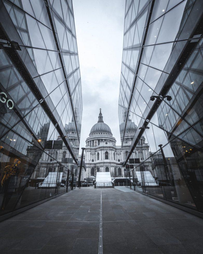 Лондон на колоритных снимках Натана Хандса