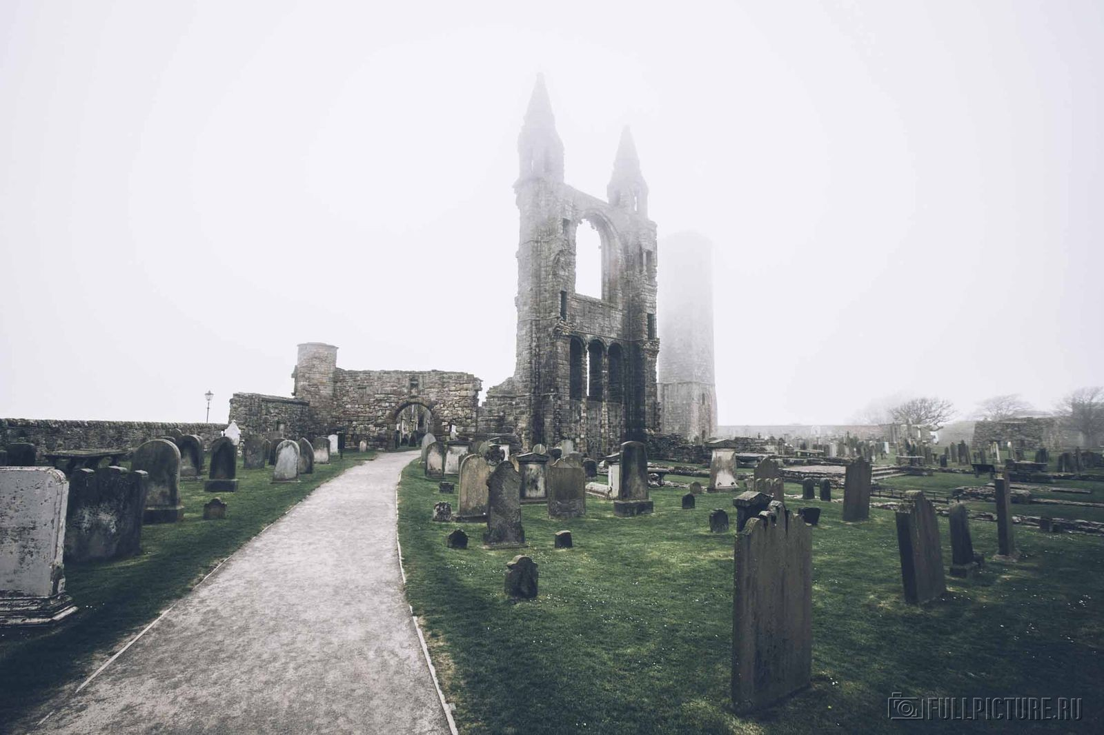 Необычные кладбища из разных стран мира