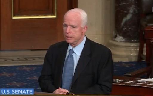 Маккейн обвинил сенатора Рэнда Пола в «работе на Путина»