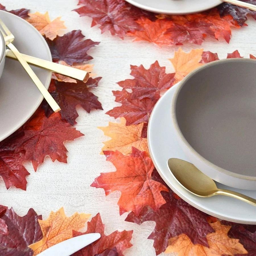 Что сделать из осенних листьев: 10 идей красивых и необычных поделок с инструкциями