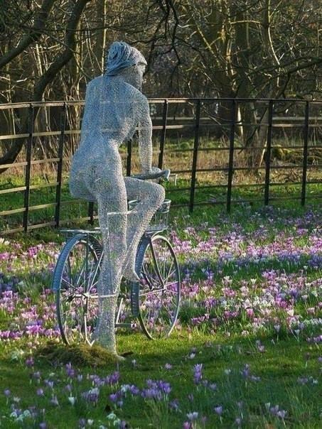 Проволочные скульптуры