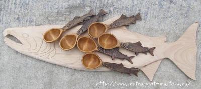 """Деревянные резные ложки с рукояткой в виде """"сибирских"""" рыб"""