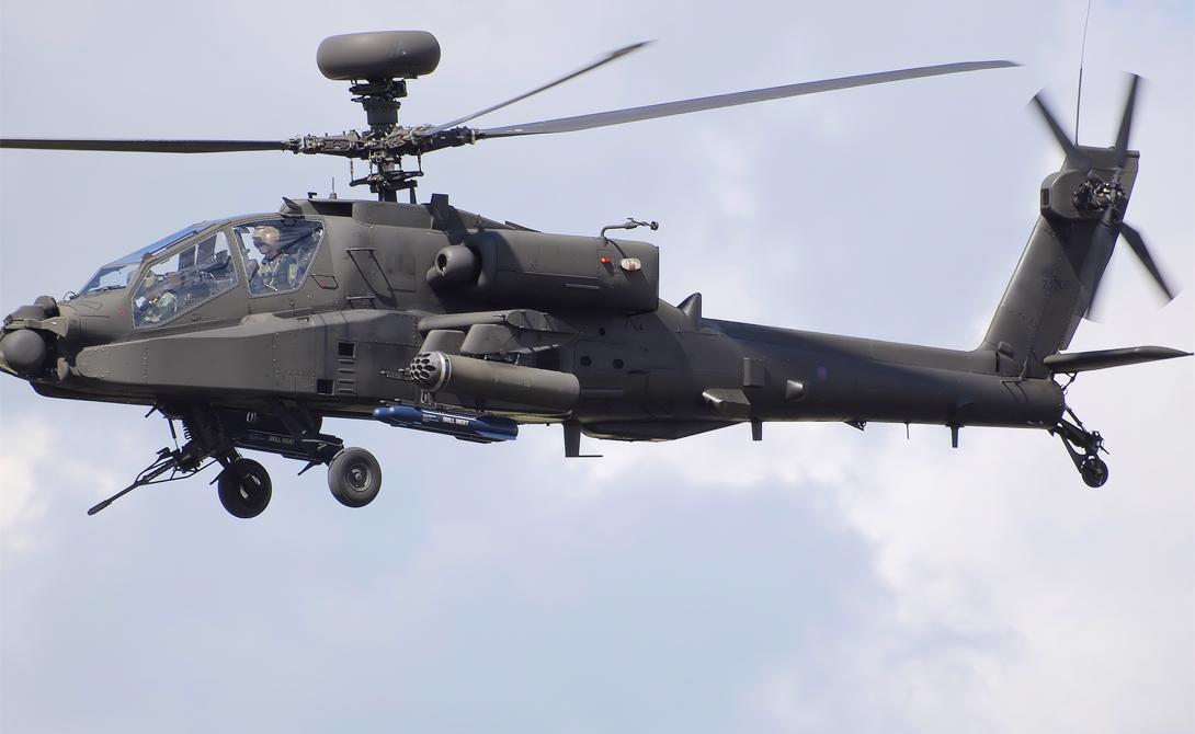 Апач США AH-64D Longbow Apache («Апач» по российской классификации) служит основным ударным вертолетом Армии США и является самым распространенным ударным вертолетом в мире. Его активно использовали во время войны в Персидском заливе. Вооружен «Апач» 30-мм пушкой M230, несет 16 ракет AGM-114L Hellfire 2, 4 Mistral 2 класса «воздух-воздух» и может быть оснащен противокорабельными ракетами.