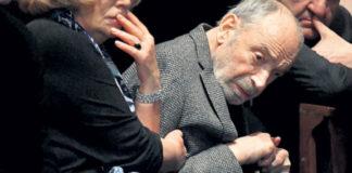Осунувшийся вид заметно постаревших артистов на похоронах Олега Табакова испугал россиян