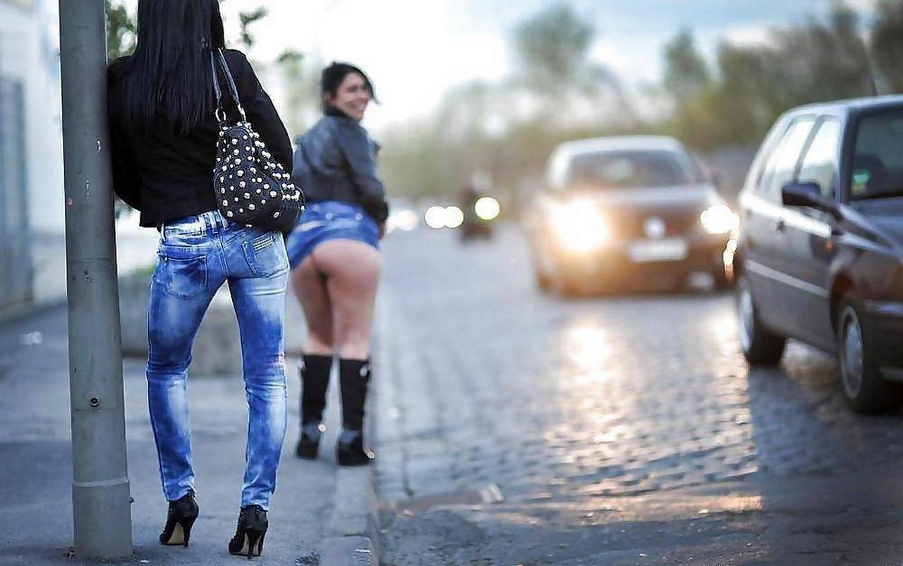 Где снять проститутку ребенка проститутки района перово