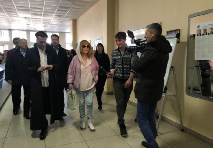 """""""Мне трудно дышать"""": Пугачева сделала пугающее заявление о своем здоровье"""
