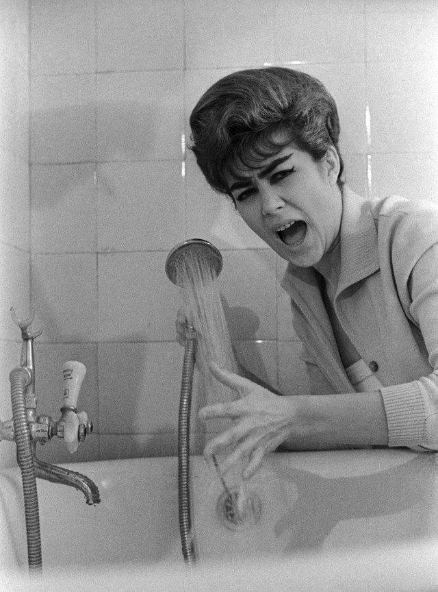 24. Эдита Пьеха в 1964 году интересно, исторические фото, история, ностальгия, фото