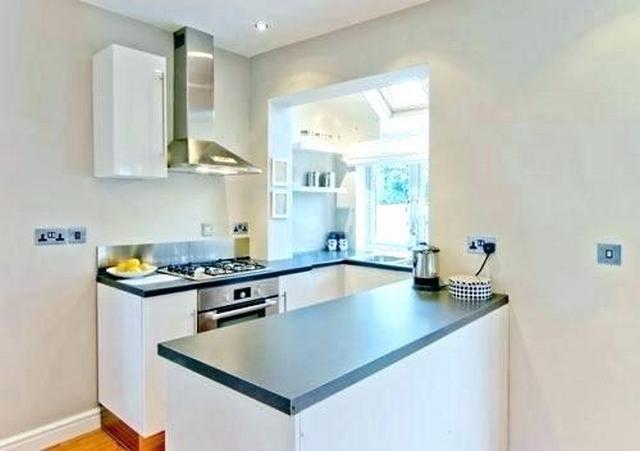 кухня на балконе в квартире студии мини вариант