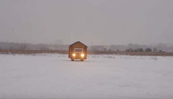 Деревянный дом на базе УАЗа автосамоделки