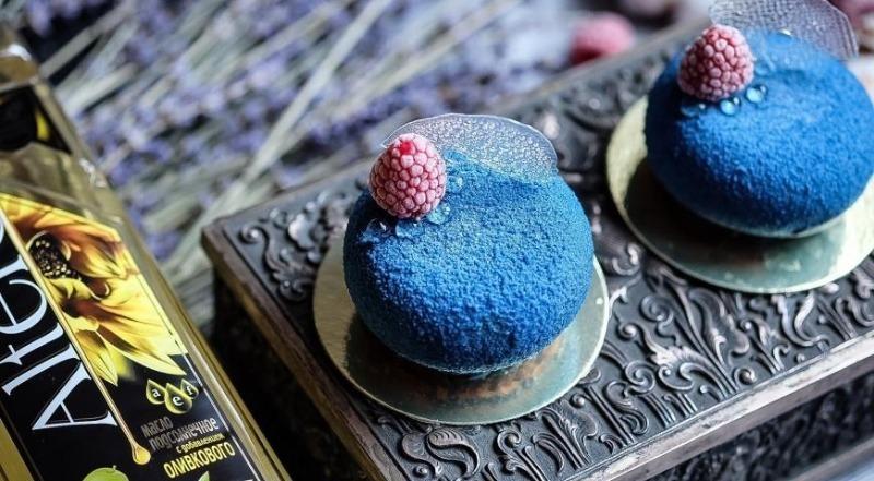 Муссовые пирожные: красивые и вкусные десерты, готовятся легко и не стыдно подать на праздничный стол десерты