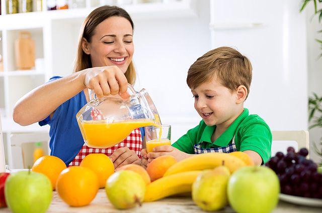 Покупной или домашний? Какой сок выбрать для детского питания