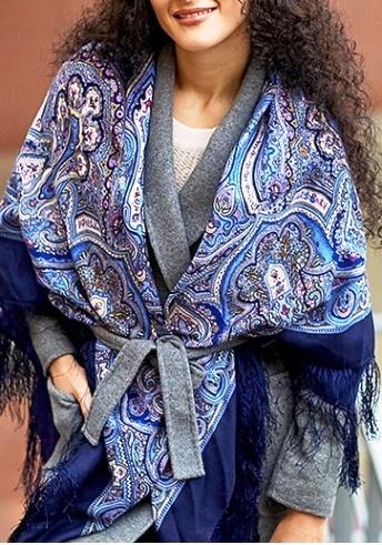 Отлично разнообразит осенний образ —5 способов завязать шарф так, чтобы все ахнули