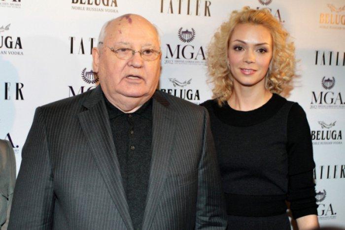 Судьба дочери первого и последнего президента СССР звезда