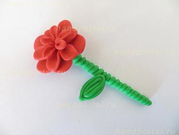 МАСТЕРИЛКА. Цветок из пластилина