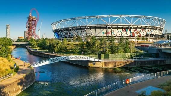 В Олимпийском парке в Лондоне открылся сад в честь жителей города, погибших от коронавируса Общество
