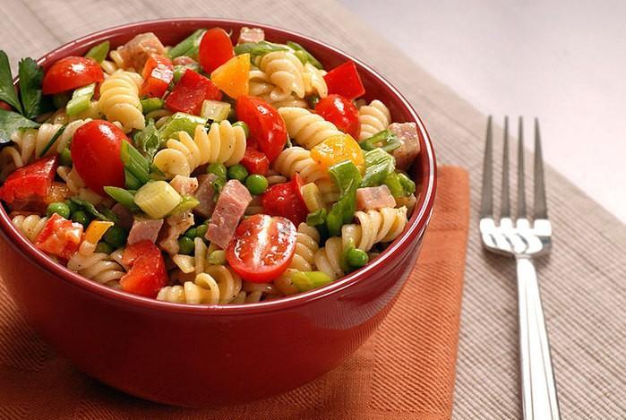 9 вкуснейших салатов на каждый день.