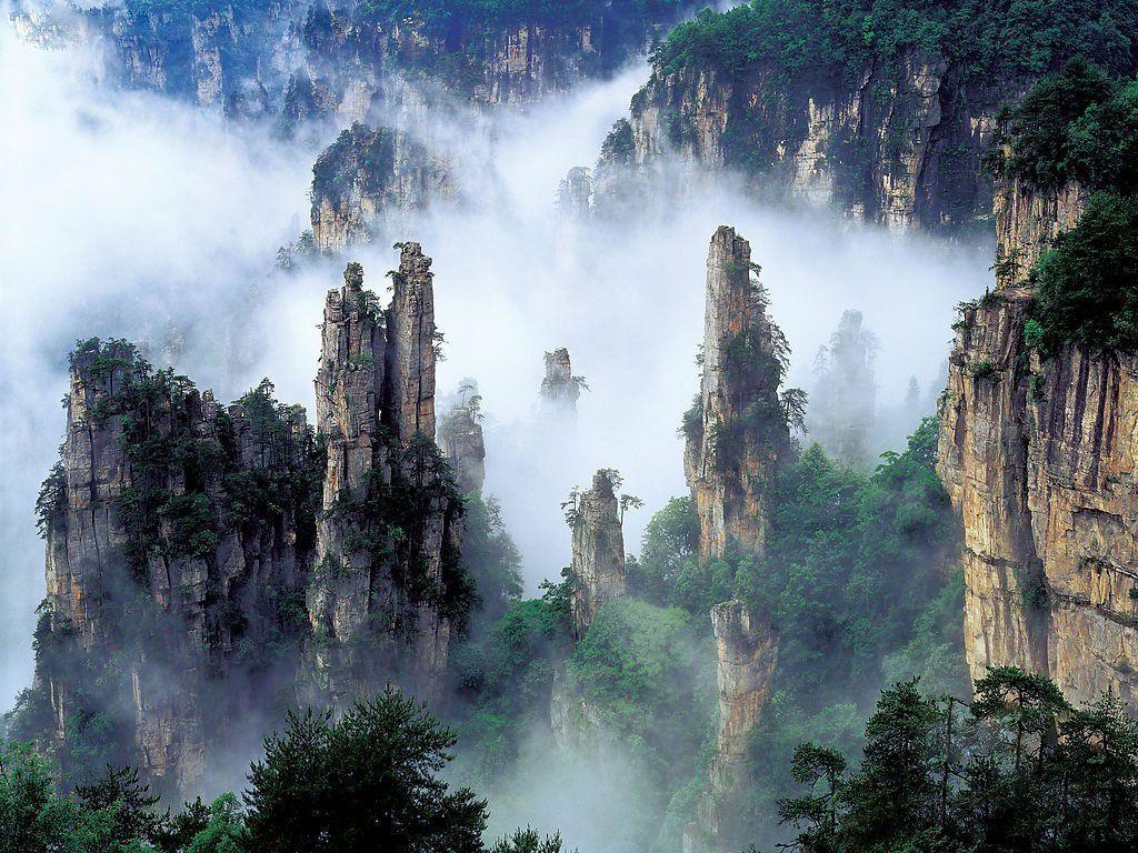 Летающие скалы «Аватара» — Улинъюань в национальном парке Чжанцзяцзе, Китай