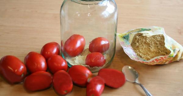 Как сохранить помидоры свежими до Нового года: простой, но действенный трюк!