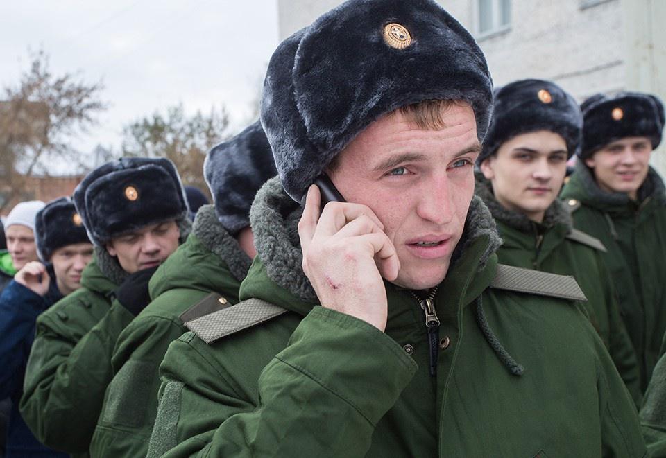 Российским военным выдали мо…