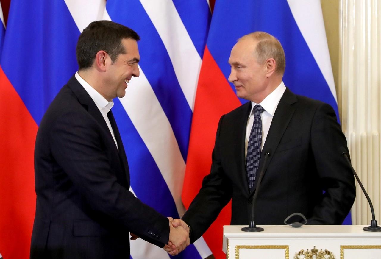 Галстук от Путина: дружественные отношения с Грецией восстановлены?