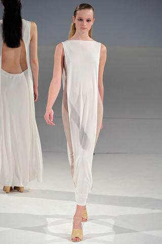 Демонстрируем женственность. Акцент на плечи мода,мода и красота,одежда и аксессуары