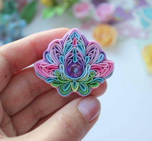 Красочные украшения из полимерной глины из полимерной глины