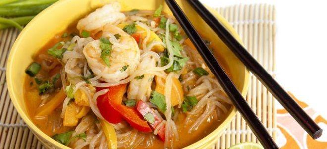 суп с фунчозой и морепродуктами рецепт