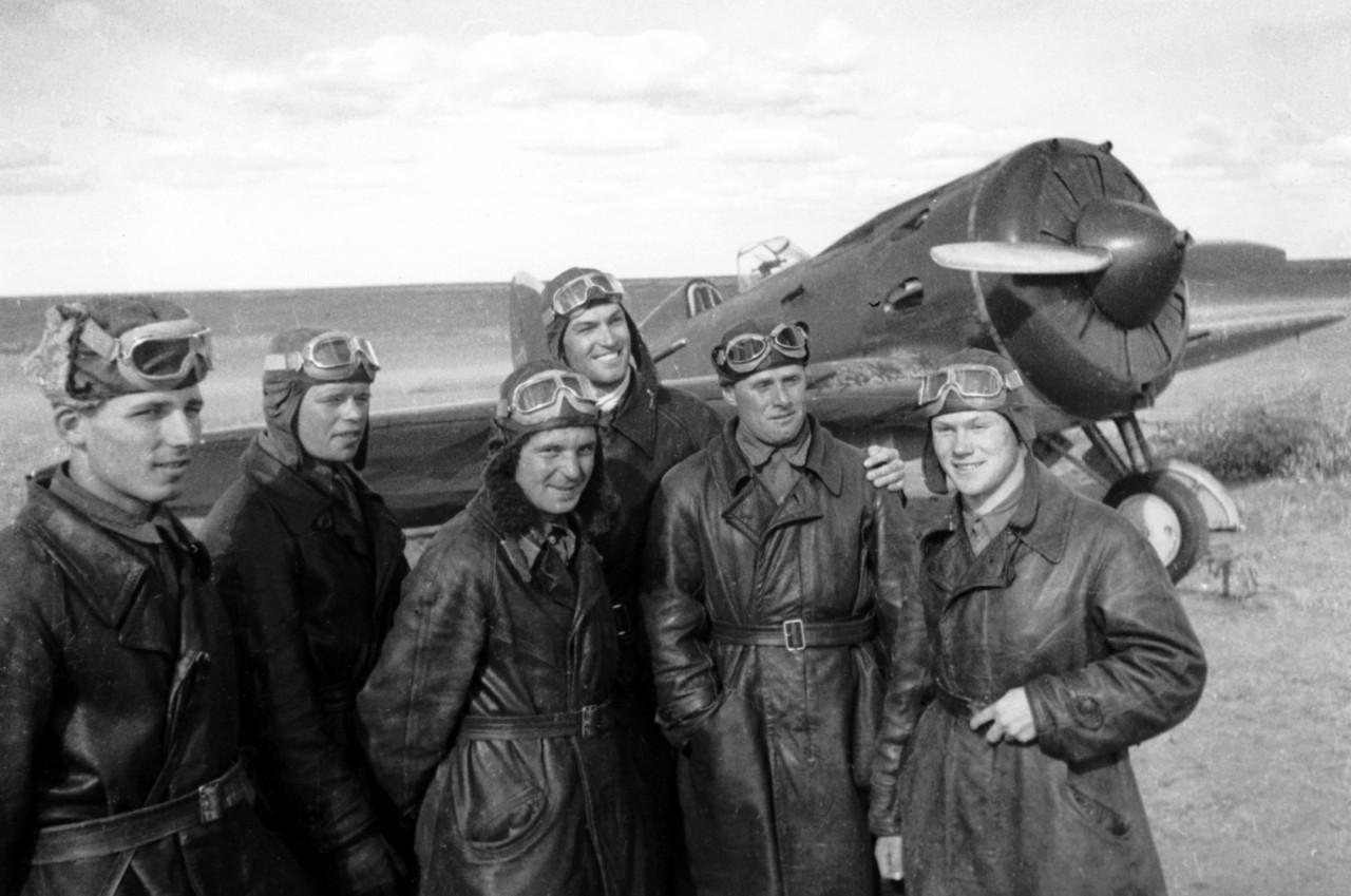 В США установят памятник советским лётчикам