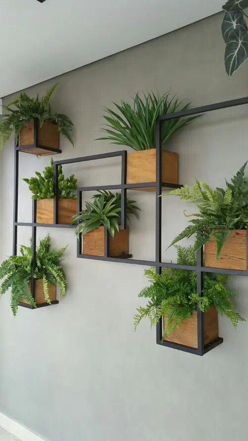Как украсить дом при помощи вертикального зеленого сада