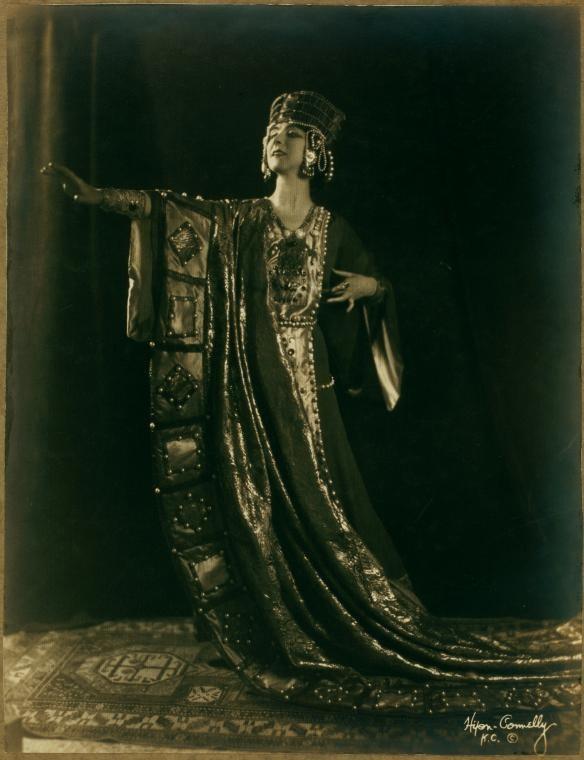 Рут Сен-Дени. Экзотическая звезда эпохи модерн.