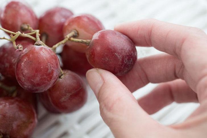 Как приготовить виноградное варенье?