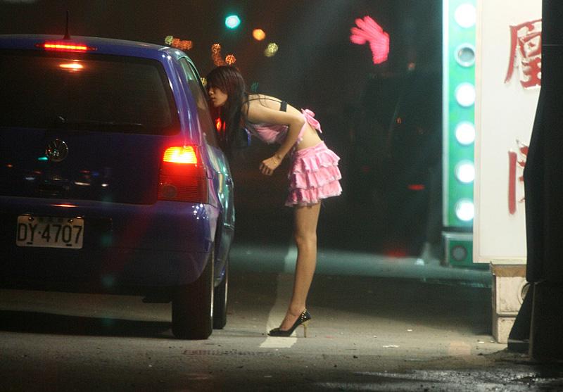Тюмень придорожные проститутки петербург дорогая проститутка