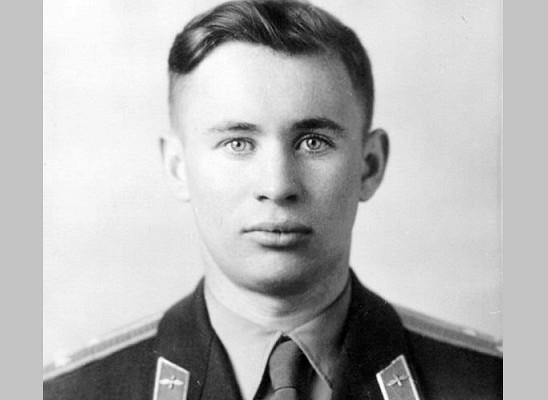 58 лет назад погиб космонавт  Валентин Бондаренко: трудная дорога в космос