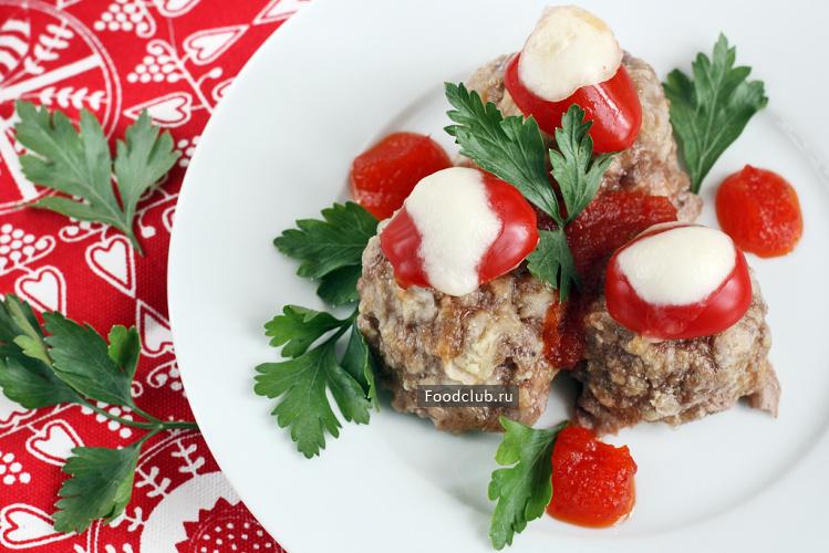 Мясные шарики с моцареллой мясные блюда