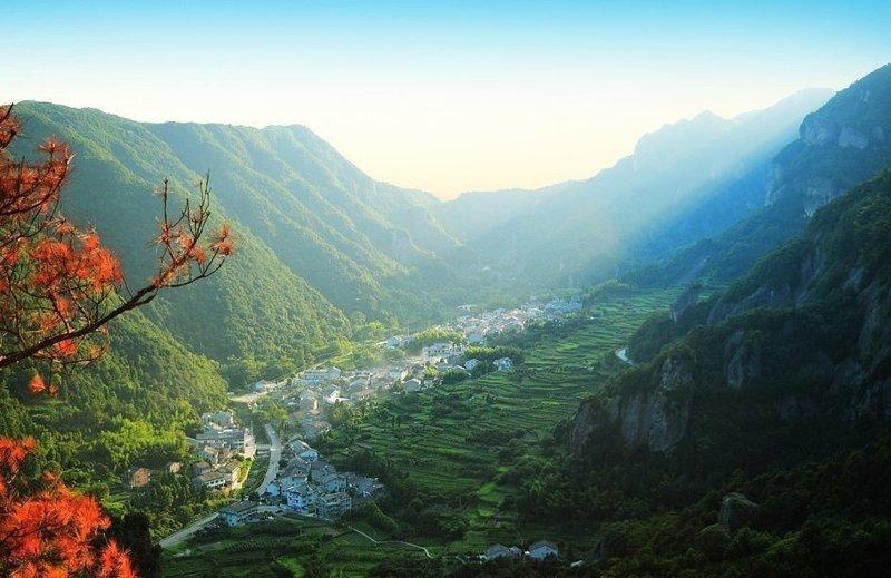 Горы Яньдан - одно из немногих мест, где еще можно встретить южнокитайских тигров виды, города, китай, красота, необыкновенно, пейзажи, удивительно, фото