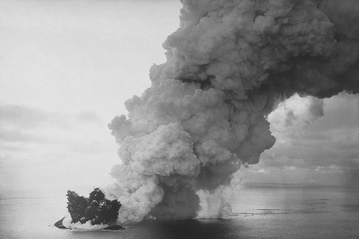 Как полвека назад в Исландии появился остров и стал одним из самых запрещенных мест на планете острове, остров, Сюртсей, ученые, ученых, появился, стали, нахождения, появились, которые, семена, когда, растение, приморская, тщательно, помидором, первыми, ноября, продолжалось, после