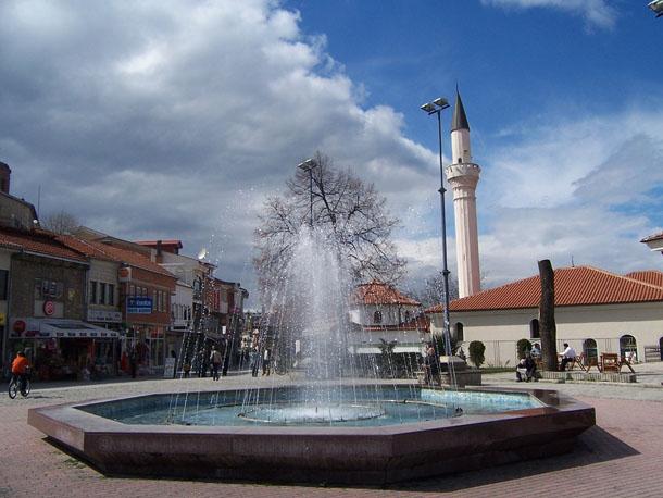 Фонтан в центре Охрида