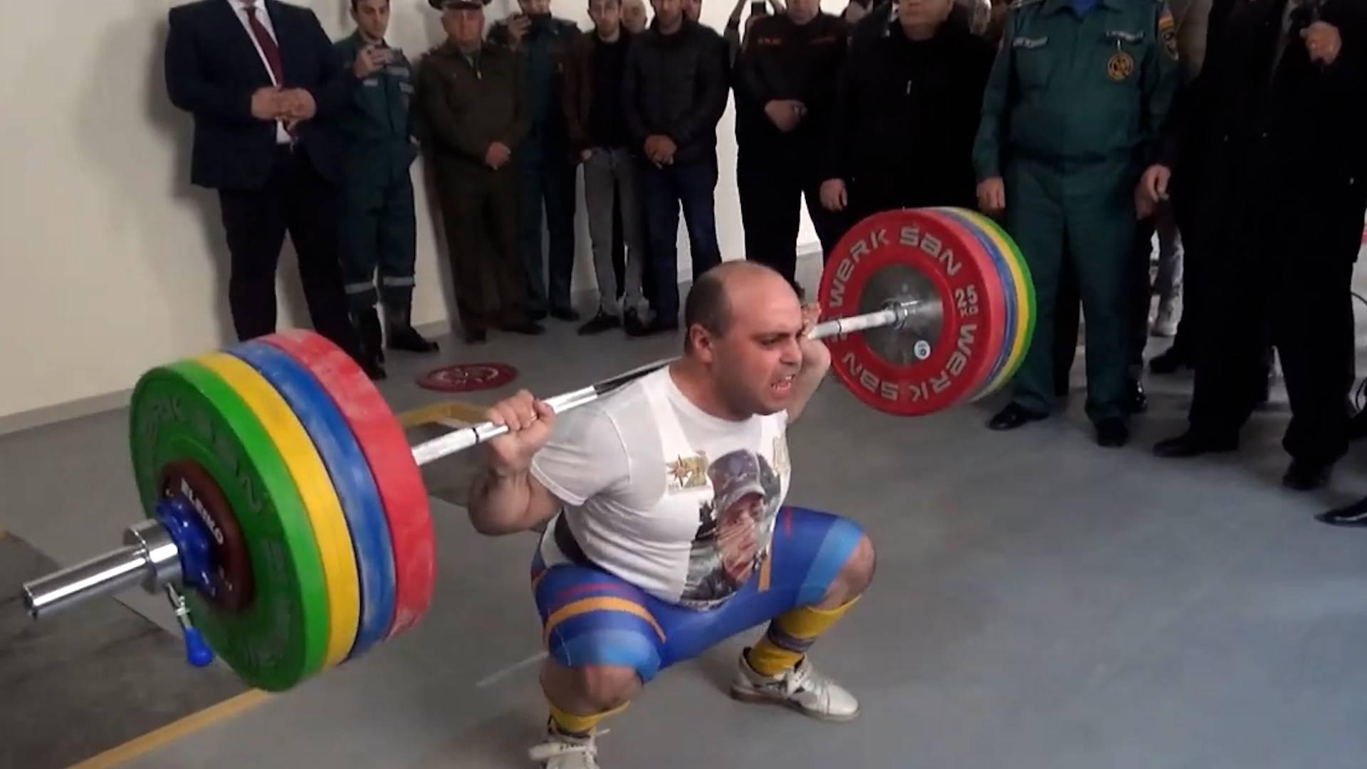 Армянский спасатель поставил мировой рекорд